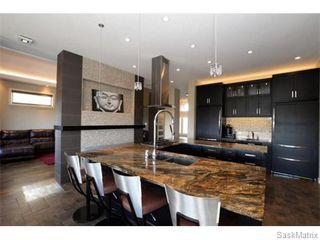 Photo 11: 2423 LINNER Bay in Regina: Windsor Park Single Family Dwelling for sale (Regina Area 04)  : MLS®# 541095