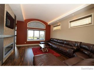 Photo 8: 2423 LINNER Bay in Regina: Windsor Park Single Family Dwelling for sale (Regina Area 04)  : MLS®# 541095