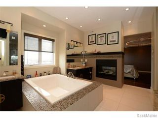Photo 30: 2423 LINNER Bay in Regina: Windsor Park Single Family Dwelling for sale (Regina Area 04)  : MLS®# 541095