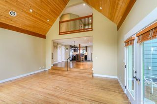 "Photo 5: 1719 VISTA Crescent in Squamish: Hospital Hill House for sale in ""Hospital Hill"" : MLS®# R2000268"