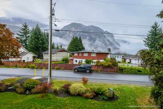 "Photo 20: 1719 VISTA Crescent in Squamish: Hospital Hill House for sale in ""Hospital Hill"" : MLS®# R2000268"