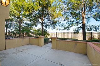 Photo 2: TORREY HIGHLANDS Townhome for sale : 2 bedrooms : 7720 Via Rossi #5 in San Diego