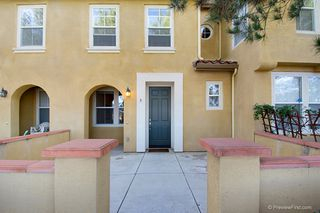 Photo 1: TORREY HIGHLANDS Townhome for sale : 2 bedrooms : 7720 Via Rossi #5 in San Diego