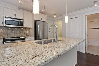 "Photo 6: 304 15357 ROPER Avenue: White Rock Condo for sale in ""REGENCY COURT"" (South Surrey White Rock)  : MLS®# R2021712"