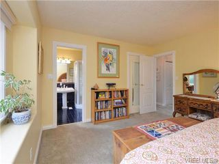 Photo 9: 773 Haliburton Rd in VICTORIA: SE Cordova Bay House for sale (Saanich East)  : MLS®# 718798