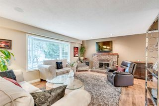 Photo 2: 2938 COVENTRY Crescent in Port Coquitlam: Glenwood PQ House for sale : MLS®# R2051205