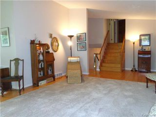 Photo 7: 10 Longfellow Bay in Winnipeg: Westwood / Crestview Residential for sale (West Winnipeg)  : MLS®# 1614113