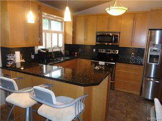 Photo 4: 10 Longfellow Bay in Winnipeg: Westwood / Crestview Residential for sale (West Winnipeg)  : MLS®# 1614113