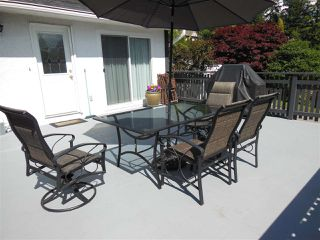 """Photo 14: 1727 PIERARD Road in North Vancouver: Lynn Valley House for sale in """"Lynn Valley"""" : MLS®# R2080226"""