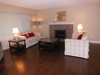 """Photo 7: 1727 PIERARD Road in North Vancouver: Lynn Valley House for sale in """"Lynn Valley"""" : MLS®# R2080226"""