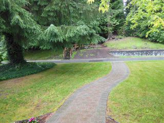 "Photo 15: 1727 PIERARD Road in North Vancouver: Lynn Valley House for sale in ""Lynn Valley"" : MLS®# R2080226"