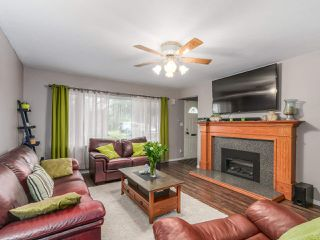 "Photo 2: 14948 KEW Drive in Surrey: Bolivar Heights House for sale in ""BIRDLAND"" (North Surrey)  : MLS®# R2087465"