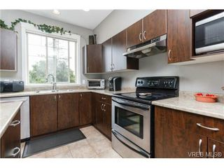 Photo 10: 130 2920 Phipps Rd in VICTORIA: La Langford Proper Row/Townhouse for sale (Langford)  : MLS®# 741389