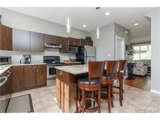 Photo 9: 130 2920 Phipps Rd in VICTORIA: La Langford Proper Row/Townhouse for sale (Langford)  : MLS®# 741389