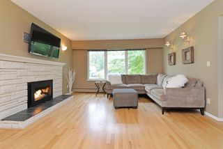 Photo 2: 3663 MCEWEN Avenue in North Vancouver: Lynn Valley House for sale : MLS®# R2108495