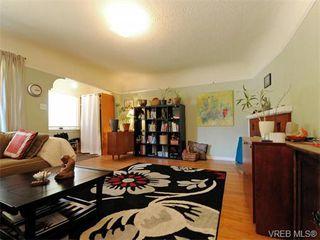 Photo 2: 349/51 Kipling St in VICTORIA: Vi Fairfield West Full Duplex for sale (Victoria)  : MLS®# 744993