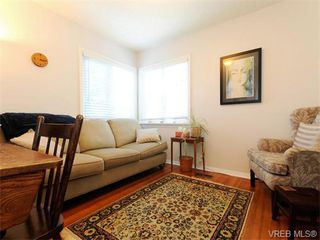 Photo 10: 349/51 Kipling St in VICTORIA: Vi Fairfield West Full Duplex for sale (Victoria)  : MLS®# 744993