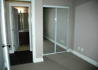 """Photo 4: 311 2343 ATKINS Avenue in Port Coquitlam: Central Pt Coquitlam Condo for sale in """"PEARL"""" : MLS®# R2143319"""