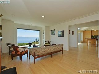 Photo 5: 5030 Sunrise Terrace in VICTORIA: SE Cordova Bay Single Family Detached for sale (Saanich East)  : MLS®# 378475