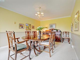 Photo 4: 9 735 MOSS St in VICTORIA: Vi Rockland Row/Townhouse for sale (Victoria)  : MLS®# 762720