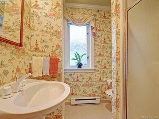 Photo 10: 9 735 MOSS St in VICTORIA: Vi Rockland Row/Townhouse for sale (Victoria)  : MLS®# 762720