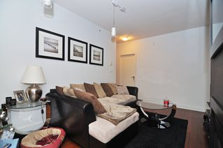 Photo 6: 202 1238 BURRARD Street in Altadena: Condo for sale : MLS®# V983075