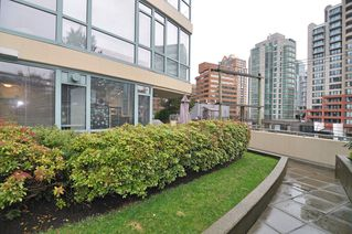 Photo 18: 202 1238 BURRARD Street in Altadena: Condo for sale : MLS®# V983075