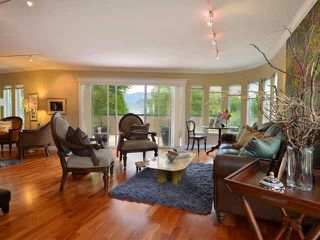 Photo 3: 2181 DEEP COVE Road in North Vancouver: Deep Cove House for sale : MLS®# R2182300