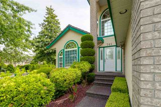 "Photo 2: 741 CAPITAL Court in Port Coquitlam: Citadel PQ House for sale in ""CITADEL"" : MLS®# R2197353"