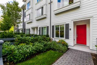 Photo 3: 5 15340 GUILDFORD Drive in Surrey: Guildford Townhouse for sale (North Surrey)  : MLS®# R2200698