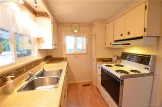Photo 7: 58 2587 Selwyn Rd in VICTORIA: La Mill Hill Manufactured Home for sale (Langford)  : MLS®# 769773