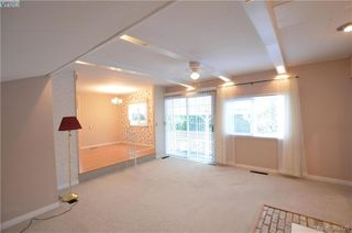 Photo 3: 58 2587 Selwyn Rd in VICTORIA: La Mill Hill Manufactured Home for sale (Langford)  : MLS®# 769773