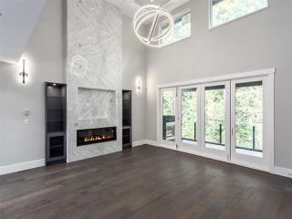 """Photo 2: 3325 DESCARTES Place in Squamish: University Highlands House for sale in """"University Meadows"""" : MLS®# R2205912"""
