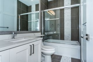 """Photo 13: 27687 RAILCAR Crescent in Abbotsford: Aberdeen House for sale in """"Station Woods"""" : MLS®# R2214452"""
