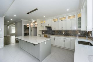 """Photo 9: 27687 RAILCAR Crescent in Abbotsford: Aberdeen House for sale in """"Station Woods"""" : MLS®# R2214452"""