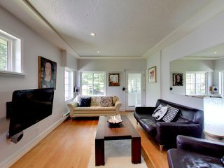 Photo 2: 2271 Waterloo Street in Vancouver: Kitsilano House for sale (Vancouver West)  : MLS®# R2086702