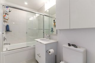 "Photo 11: 609 733 W 3RD Street in North Vancouver: Hamilton Condo for sale in ""THE SHORE"" : MLS®# R2222279"
