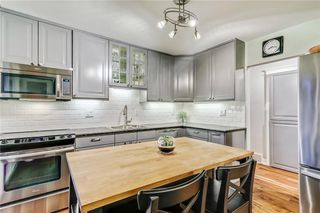 Photo 10: 39 WINDERMERE RD SW in Calgary: Wildwood House for sale : MLS®# C4135496