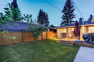 Photo 14: 39 WINDERMERE RD SW in Calgary: Wildwood House for sale : MLS®# C4135496