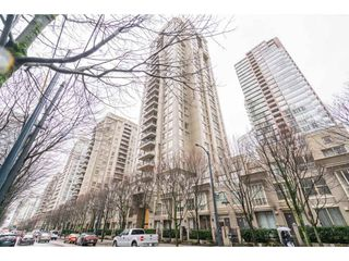 "Photo 1: 609 969 RICHARDS Street in Vancouver: Downtown VW Condo for sale in ""Mondrian II"" (Vancouver West)  : MLS®# R2235656"