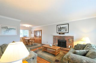 Photo 3: 479 MIDVALE Street in Coquitlam: Central Coquitlam House for sale : MLS®# R2237046
