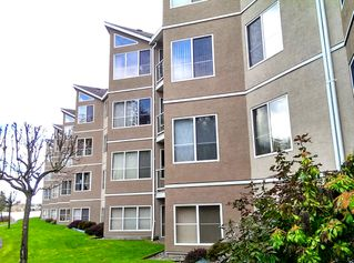 Photo 1: 214 4969 WILLS ROAD in Uplands: Apartment for sale : MLS®# 369691