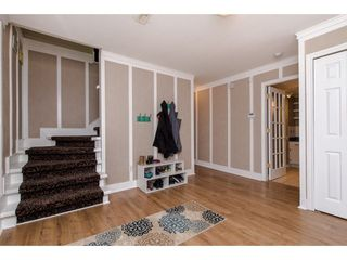 """Photo 3: 3767 SANDY HILL Road in Abbotsford: Abbotsford East House for sale in """"Sandy Hill"""" : MLS®# R2267138"""