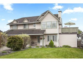 Photo 1: 21558 95A Avenue in Langley: Walnut Grove House for sale : MLS®# R2272899