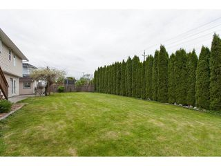 Photo 18: 21558 95A Avenue in Langley: Walnut Grove House for sale : MLS®# R2272899