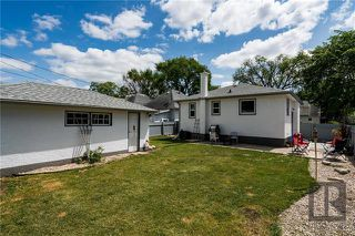 Photo 5: 787 Lorette Avenue in Winnipeg: Crescentwood Residential for sale (1B)  : MLS®# 1820221