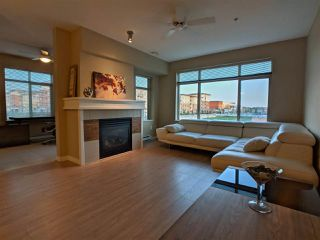 """Photo 2: 313 9199 TOMICKI Avenue in Richmond: West Cambie Condo for sale in """"Meridian Gate"""" : MLS®# R2289546"""