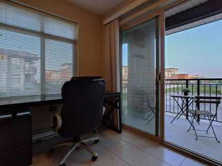 """Photo 3: 313 9199 TOMICKI Avenue in Richmond: West Cambie Condo for sale in """"Meridian Gate"""" : MLS®# R2289546"""