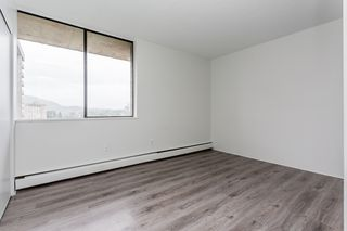 "Photo 8: 2202 3771 BARTLETT Court in Burnaby: Sullivan Heights Condo for sale in ""TIMBERLEA"" (Burnaby North)  : MLS®# R2301343"