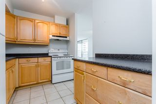 "Photo 4: 2202 3771 BARTLETT Court in Burnaby: Sullivan Heights Condo for sale in ""TIMBERLEA"" (Burnaby North)  : MLS®# R2301343"